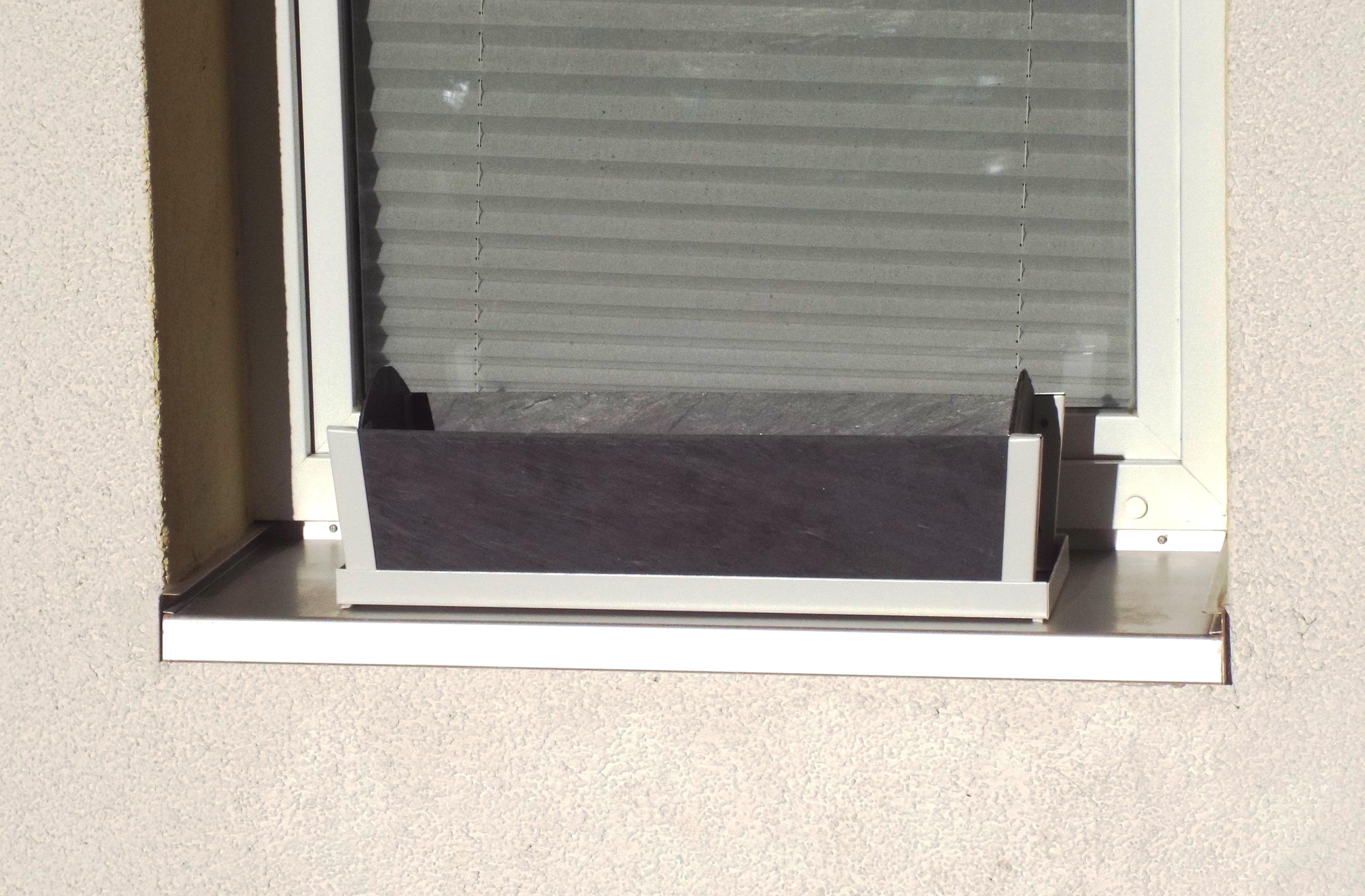 balkonkasten mit eckprofilen weiss 4. Black Bedroom Furniture Sets. Home Design Ideas